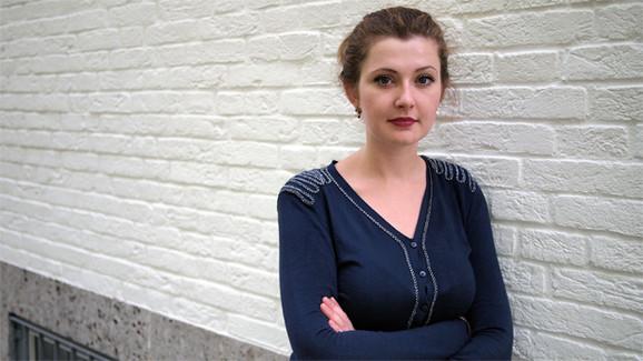 Olga Grjasnowas romaner 'Russeren er en, der elsker birketræer' og 'Et ægteskabs mangel på juridisk skarphed' er udkommet på C&K i henholdsvis 2013 og 2015